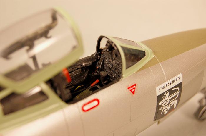 F84cockpit